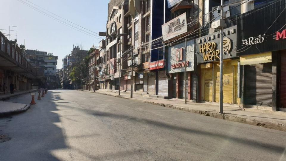 Prázdne-ulice-v-Káthmandu-1