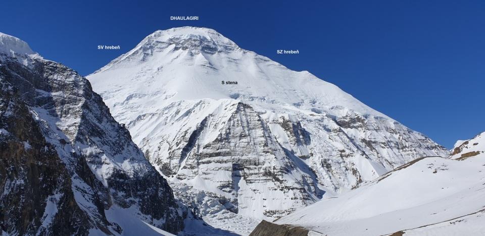 Severná-stena-Dhaulágirí-z-Francúzskeho-sedla.