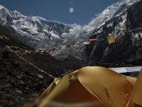 Modlitebné vlajky v BC pod Annapurnou.