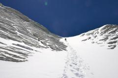 Záverečný žľab na vrcholový hrebeň.