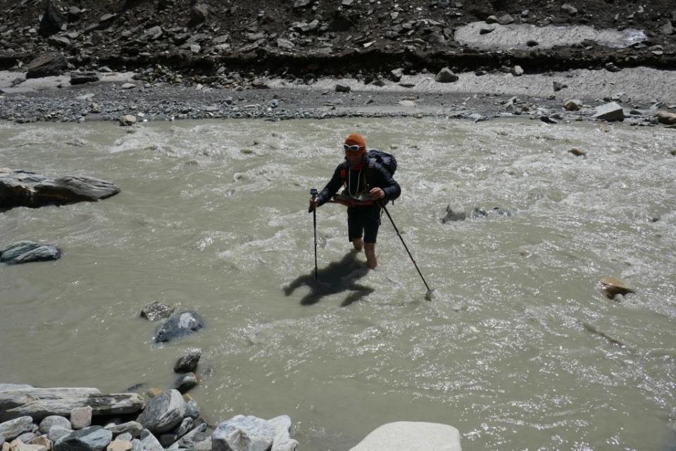 32. Michal Gabriž v rieke Myagdi Khola.
