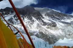 Juhozápadná stena Everestu z C 2.