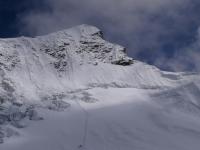 Vrcholová pyramída a vrchol Island Peaku.