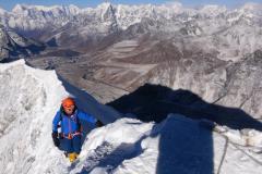 Miško Sabovčík pod vrcholom Island Peaku.