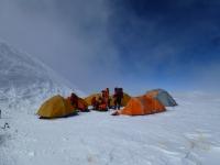C 4 na ramene K2 (7 750 m).