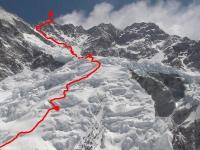 Cesta cez horný ľadovec z C 2 na vrchol.
