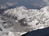 Ľadovec Yalung Khang.