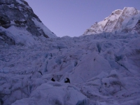 Svitanie v ľadopáde Khumbu.