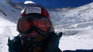 Západná stena Lhotse za mojim chrbtom.