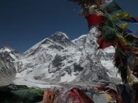 Everest z Kala Pattharu.