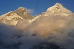 Everest a Nuptse z Kala Pattharu.
