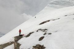 Horia prelieza ľadové rebro horného ľadovca na začiatku SZ hrebeňa.