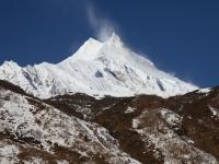 Manaslu (8 163 m) od východu.